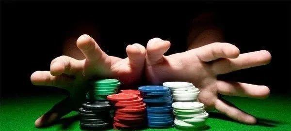 德州扑克多桌锦标赛打法策略之筹码量的重要性